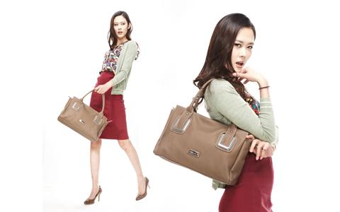 Женские сумки для женщин старше 50 лет